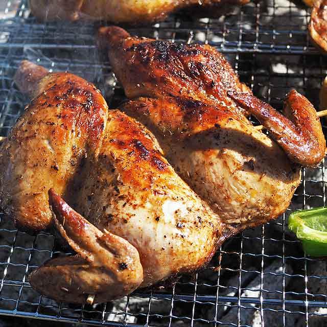 BBQの超目玉!丸々鶏1羽の丸焼き!生 冷凍