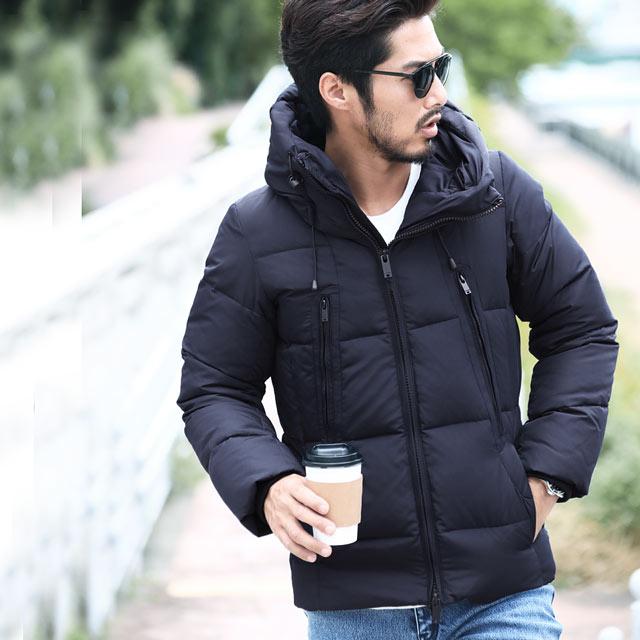 冬の寒さを乗り切るダウンジャケット