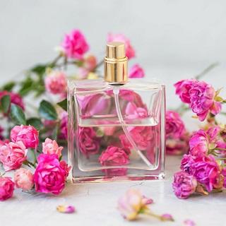 大人な香りを♪香水